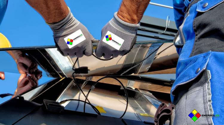 Instalar paneles solares. Una de las mejores opciones de energía renovables